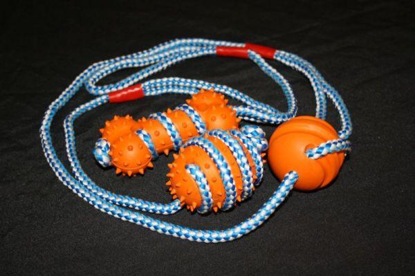 Gummispielzeug mit Seil