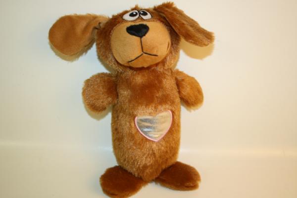 Plüsch Hund mit Herz groß