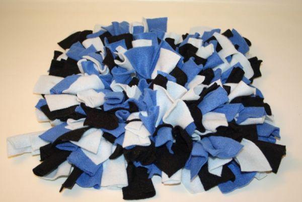 Schnüffelteppich blau