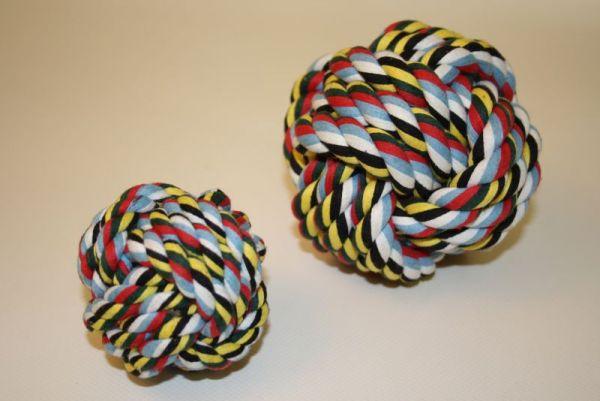 Spielball aus Baumwolle
